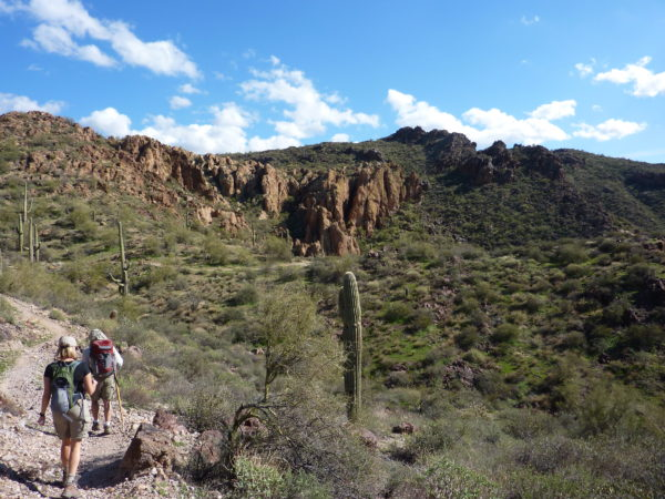 backpack the superstition wilderness