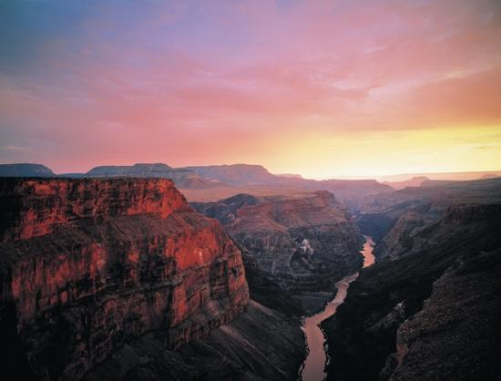 A sunkissed view of canyons.