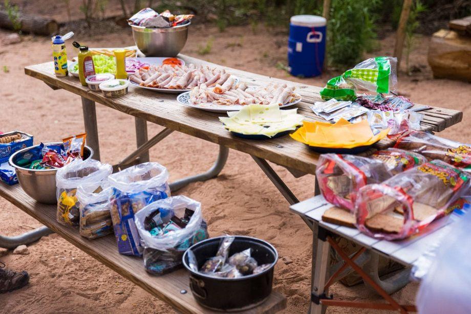 Picnic lunch enjoyed on Havasu Falls hiking trips