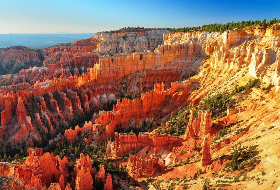 Overlook view of Bryce Canyon National Park at sunrise
