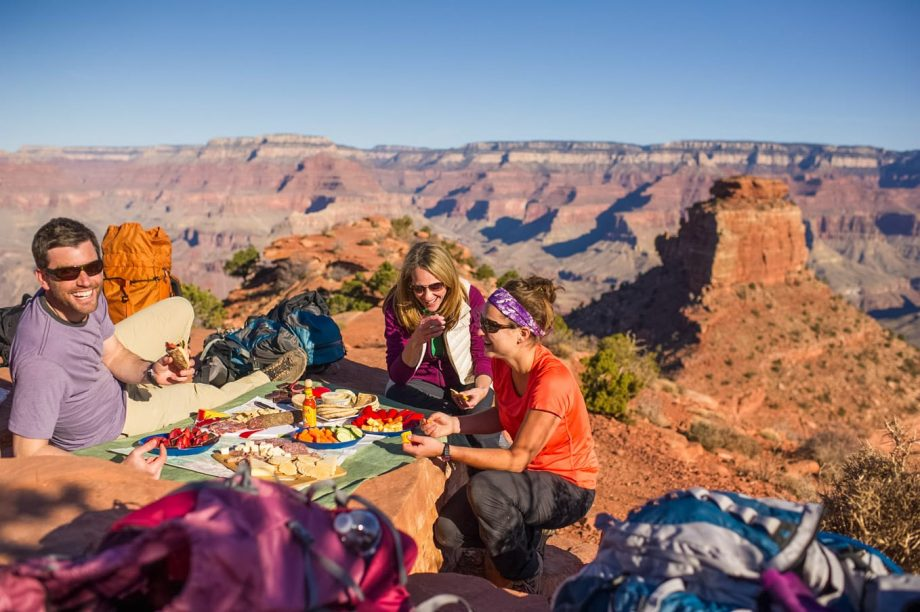 Hiking group enjoys picnic lunch on Grand Canyon trip