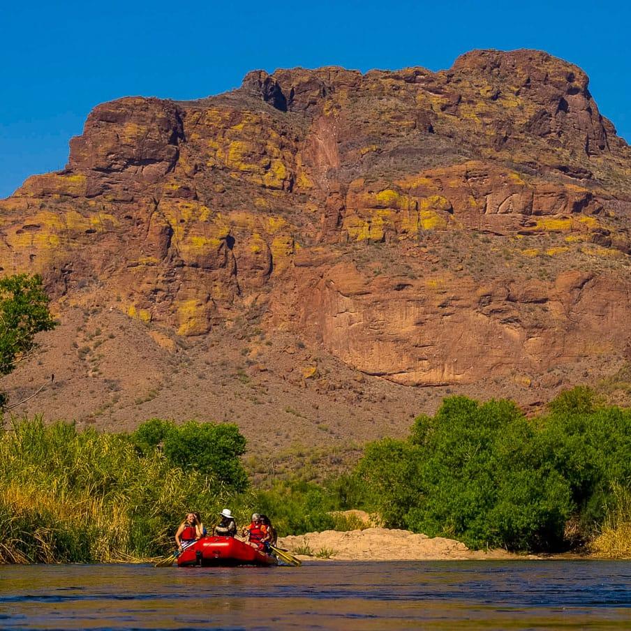 Rafting tour group paddles across Arizona waterway