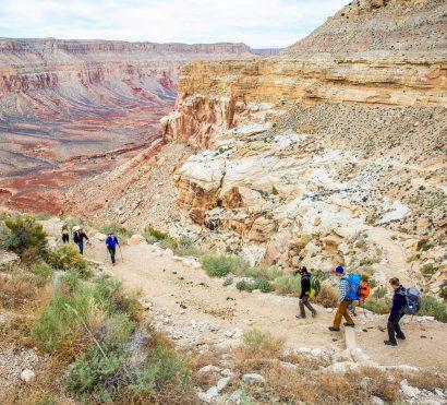 Hiking groups meet on Havasu Falls backpacking trail