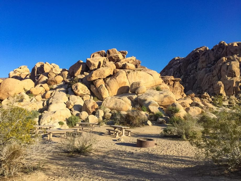 Rock formations at Joshua Tree National Park picnic area