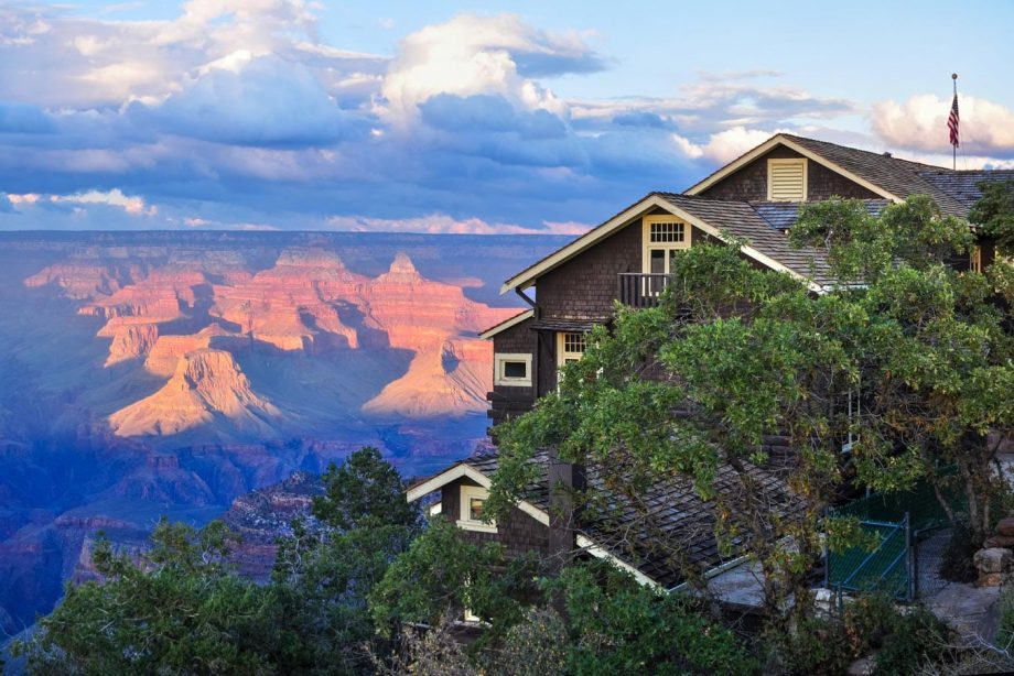 Overlook view of Grand Canyon Lodge