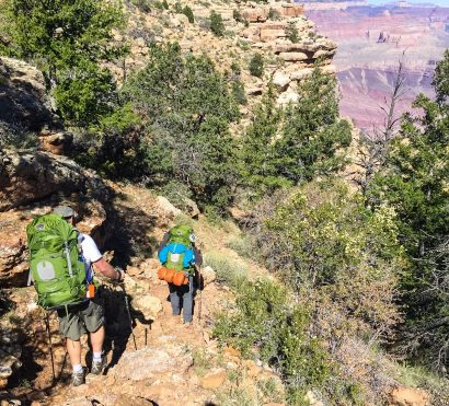 Hikers descend rocky South Kaibab Gradview Trail
