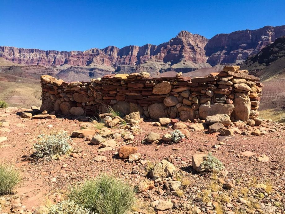 Stone wall in desert on South Kaibab Grandview Trail