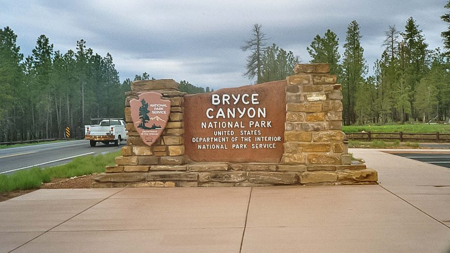 Bryce Canyon National Park Lodge sign