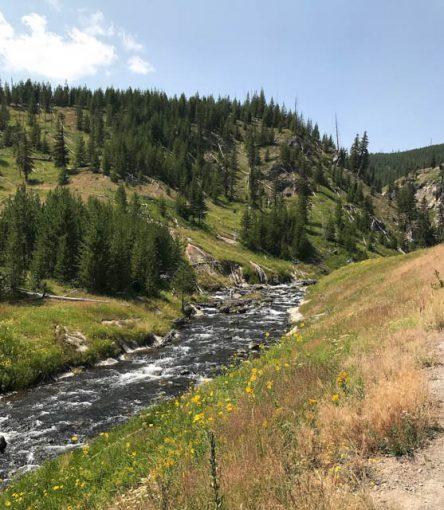 hellroaring creek yellowstone national park